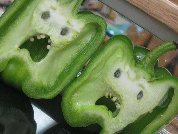 15 Funny Looking Fruit And Vegetables That Forgot How To Be Plants