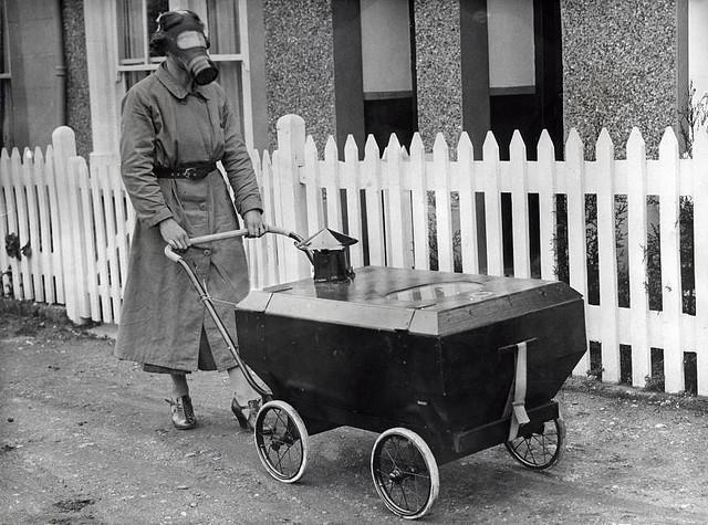 Gas-resistant stroller