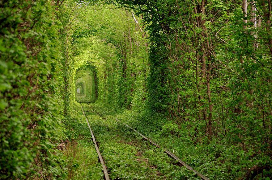 08 - Tunnel of Love in Ukraine