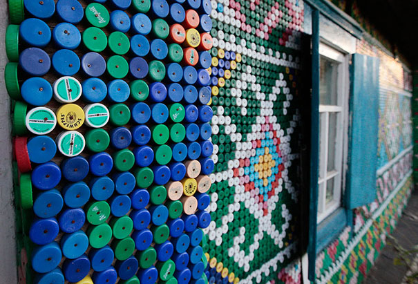 plastic-bottles-recycling-ideas-30