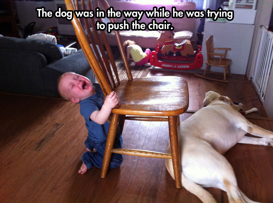 funny-kid-crying-toy-chair