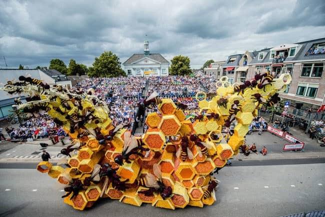 flower-sculpture-parade-corso-zundert-2016-netherlands-65