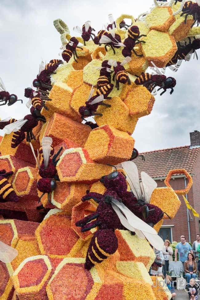 flower-sculpture-parade-corso-zundert-2016-netherlands-32