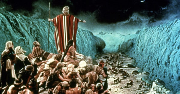 """""""Mounting Evidence"""" Suggests Moses Really DID Part The Red ..."""